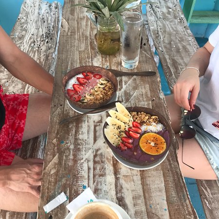 Hellocapitano Lifestyle Cafe: Hellocapitano