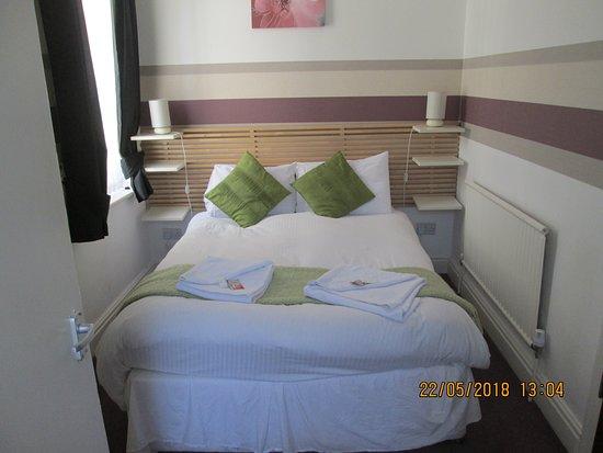 The Garnett Hotel: room 10 en-suite