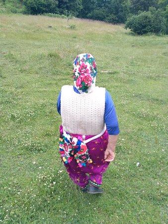 Teteven, Bulgaria: Local village old woman (trails around the hotel)