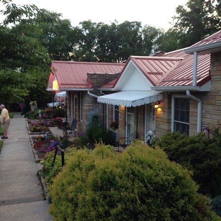 Great retro motel.