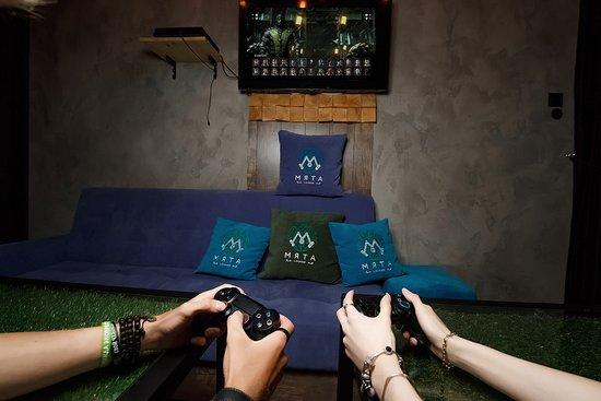 Myata Lounge: 3 вип комнаты с игровыми приставками