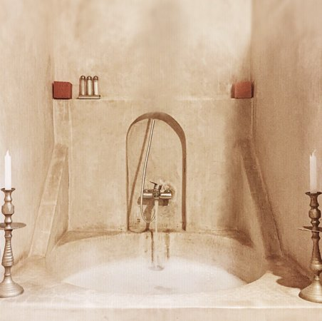 Riad Baoussala: Bath in the Red Room