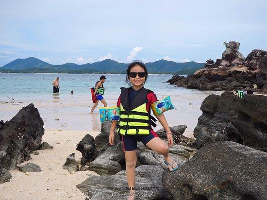 Phuket New Generation - Day Tours: บรรยากาศบนเกาะไข่