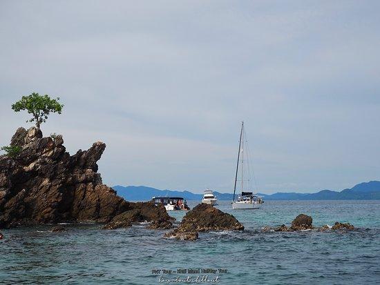 Phuket New Generation - Day Tours: มากันที่จุดดำน้ำก่อนจะไปขึ้นอีกเกาะ