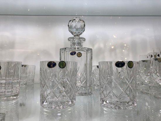 CARLO QUATRO: 100% Authentic Bohemian crystal glassware