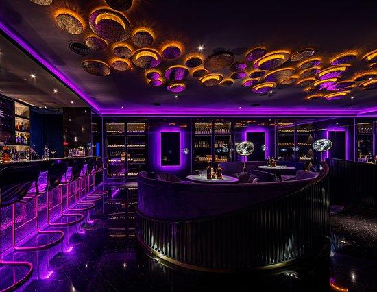 L'Arome (Suzhou Center): L'Arôme Bar
