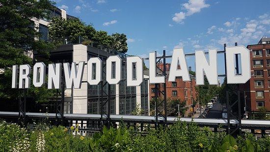 Парк Хай-Лайн: Ironwoodland