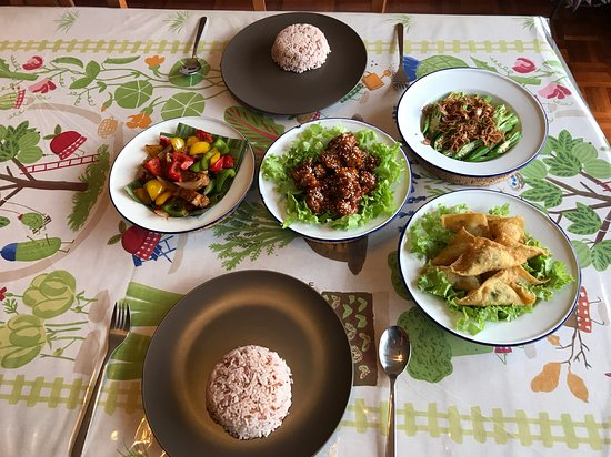Do Chic In: Chinese set dinner