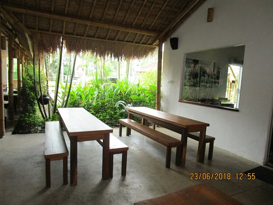 Cafe Picture Of Pod Chocolate Factory Cafe Carangsari