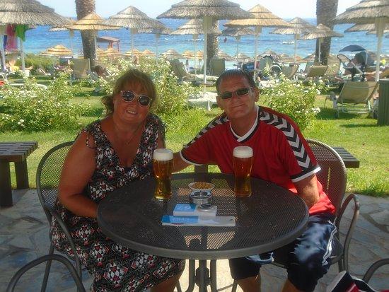Alion Beach Hotel: pool bar !!