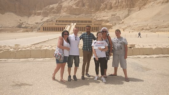 Falcon Adventure - Hurghada: Luxor with Awad