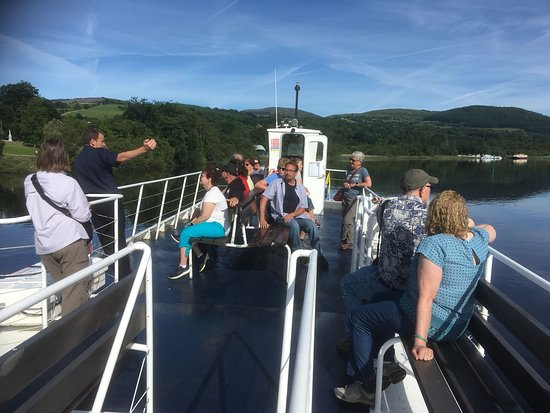 Butlers Private Driver Tours: Enjoying a trip on the Shannon at Killaloe with Butlers