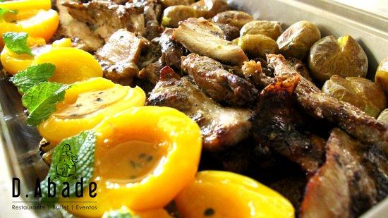 Dom Abade Restaurant | Buffet | Events: Secretos de Porco Preto