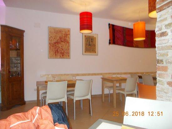 Taverna Zongo: interno