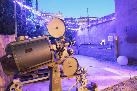 Saint Florent, France: Le Simplexe, cinema de plein air en Corse