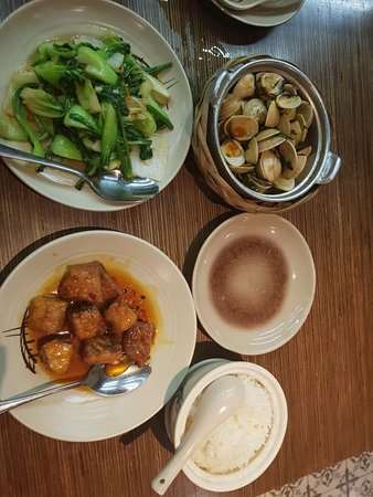 Cau Go Vietnamese Cuisine Restaurant: 20180621_200634_large.jpg