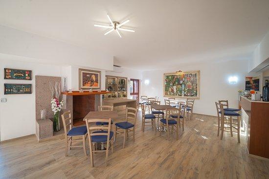 Mali Trevignano - Hotel & Cocktail Bar: Bar