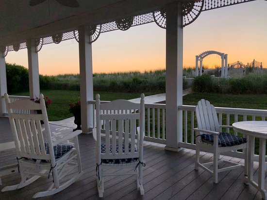 Addy Sea : Morning glow on our front porch.