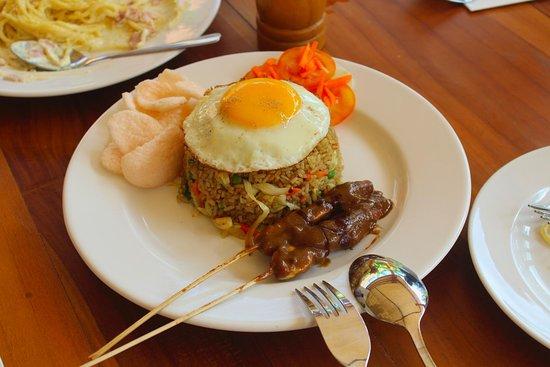 The Tandjung Resto: Nasi Goreng