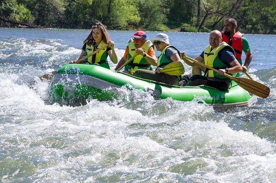 Sanok, Polen: Bystrza pod Górą Sobień  spływy wiosenne