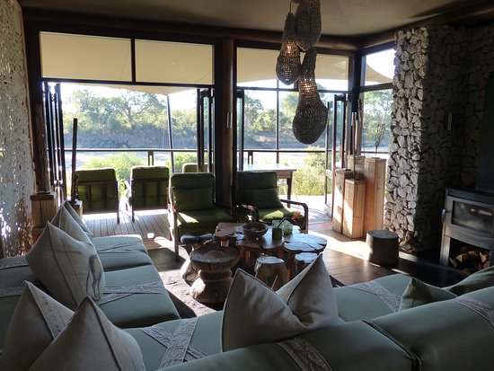 andBeyond Ngala Tented Camp: The lounge in the camp's main building