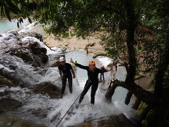 Jungla Experience: Rappel en las cascadas de Villa luz.