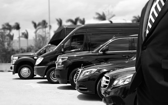 Automotive Luxury Limo & Car Service