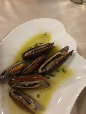 Restaurant Pulebardha: datteri