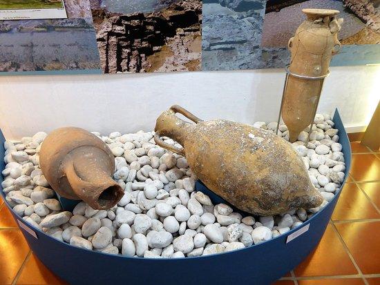 Museo De Coleccionismo: Ánforas romanas