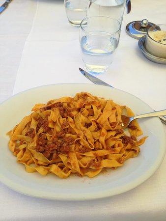 San Pietro in Vincoli, Italy: Lasagnette al ragù caserecce