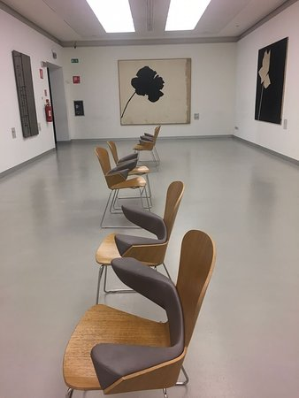 Museo del Novecento: chairs