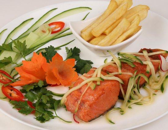 Saigon Cafe: лосось на гриле в соусеиз манго