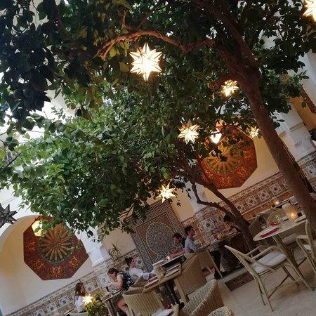 Limoni Cafe and Restaurant照片