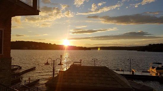 Lake Hopatcong Cruises: Sunset on Lake Hoptatcong from the Miss Lotta pier