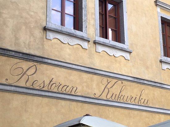 Kastav, Croatia: Front of the restaurant on a lovely little square.