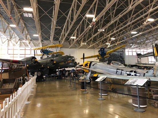 Hill Aerospace Museum: Museo interno