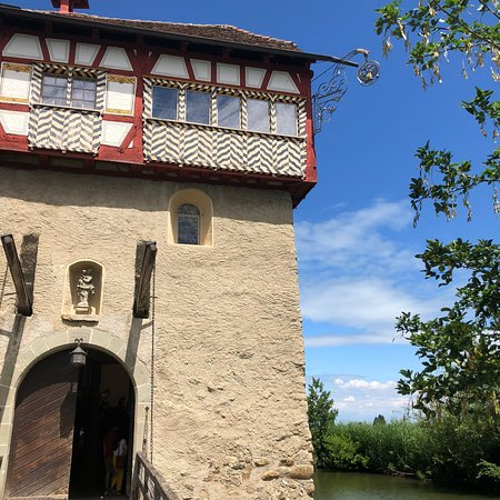 Amriswil, Swiss: Fantastic location and great food! A hidden gem!!