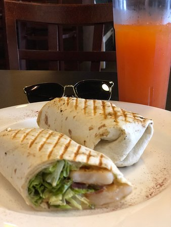 Pika's Cafe: Shrimp club