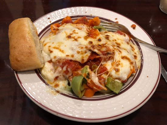 Acropolis Pizza: Cheese Tortellini