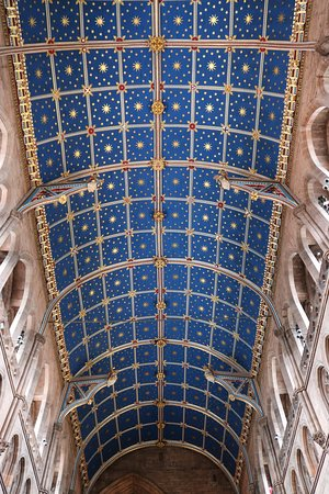 Carlisle Cathedral: Barrel vaulting with angels