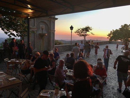 Casperia, Italy: Sunset at La Vigna