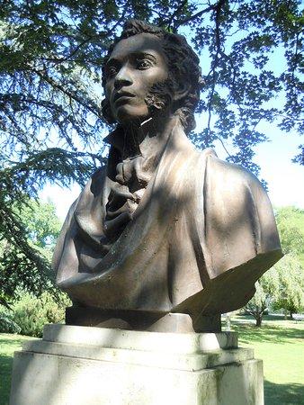 Sculpture Alexandre Pouchkine