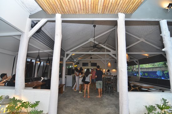 Riviera Lounge: OUTDOOR