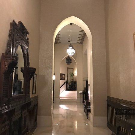 Mooi gerenoveerd oud engels hotel