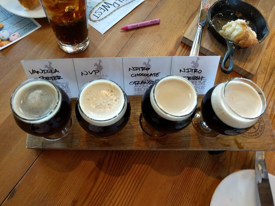 Farm House Restaurant at Breckenridge Brewery: Flight of Beer