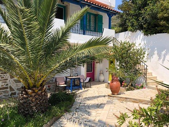 Patras' Apartments: studio 4 on the ground floor- garden outside/terrace