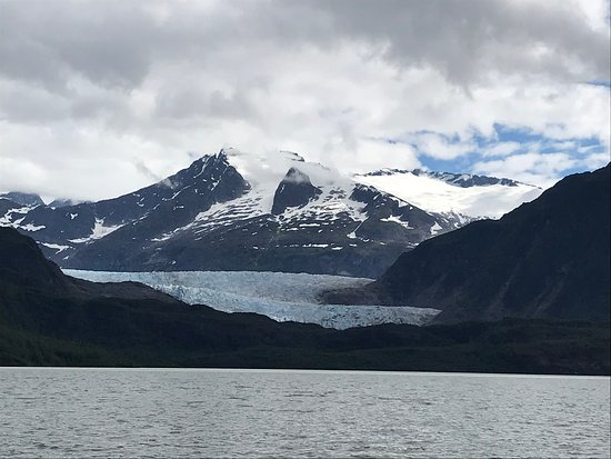 Mendenhall Glacier Ice Adventure Tour: From the canoe