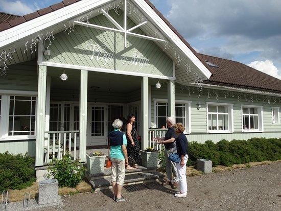 Vergi GuestHouse: vooraanzicht guesthouse