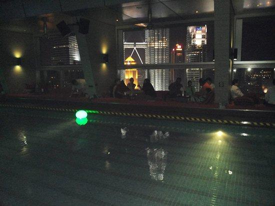 Traders Hotel, Kuala Lumpur: skybar