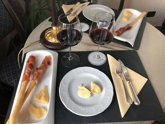 Relais Villa Monte Solare Wellness & Beauty: After spa treatment snack